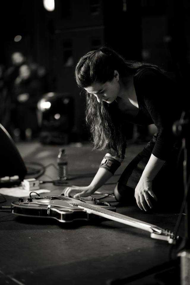 Ainara LeGardon en el Basque Fest por Igor Zalbidea